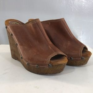 Snicks Wedge Leather Metal Detail size 39